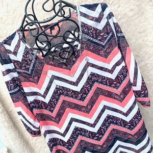 💝 Chevron Print 1X Women's Top